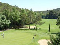 Golfbanen dichtbij Val d'azur